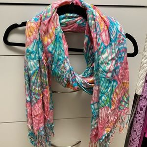 Lilly Pulitzer oh shello scarf